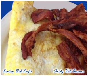 omelette with a side of bacon